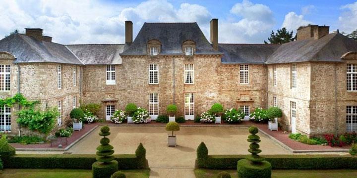 قلعه Château de la Ballue