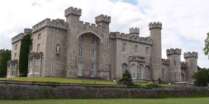 قلعه Ruthin