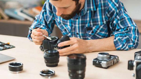 پاک کردن دوربین دیجیتال