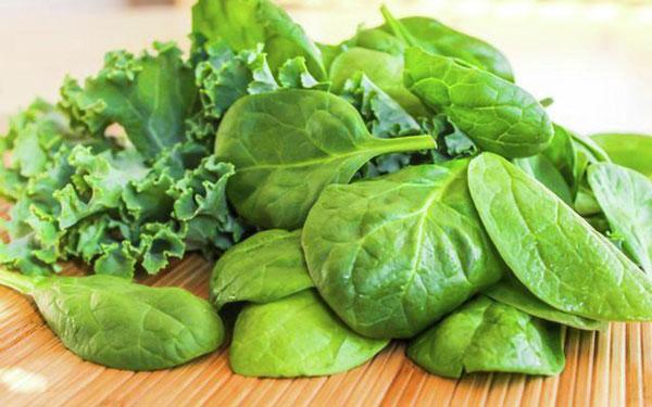 سبزی برگ سبز برای اسکن قلب