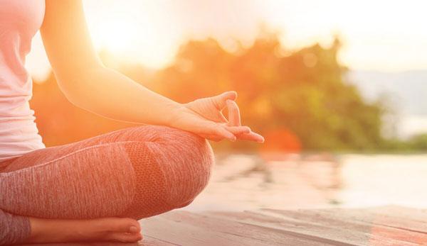یوگای ذهن برای افزایش تمرکز بزرگسالان