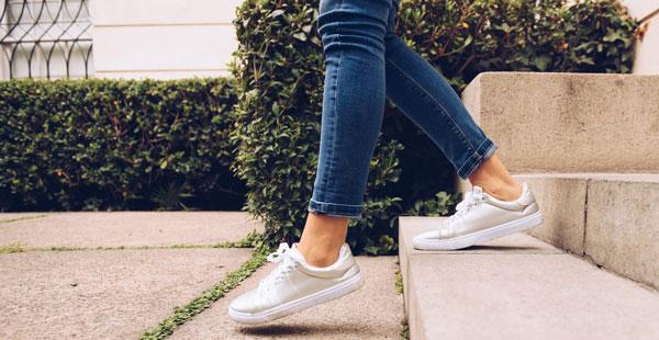 کفش مناسب برای مبتلایان به کمردرد